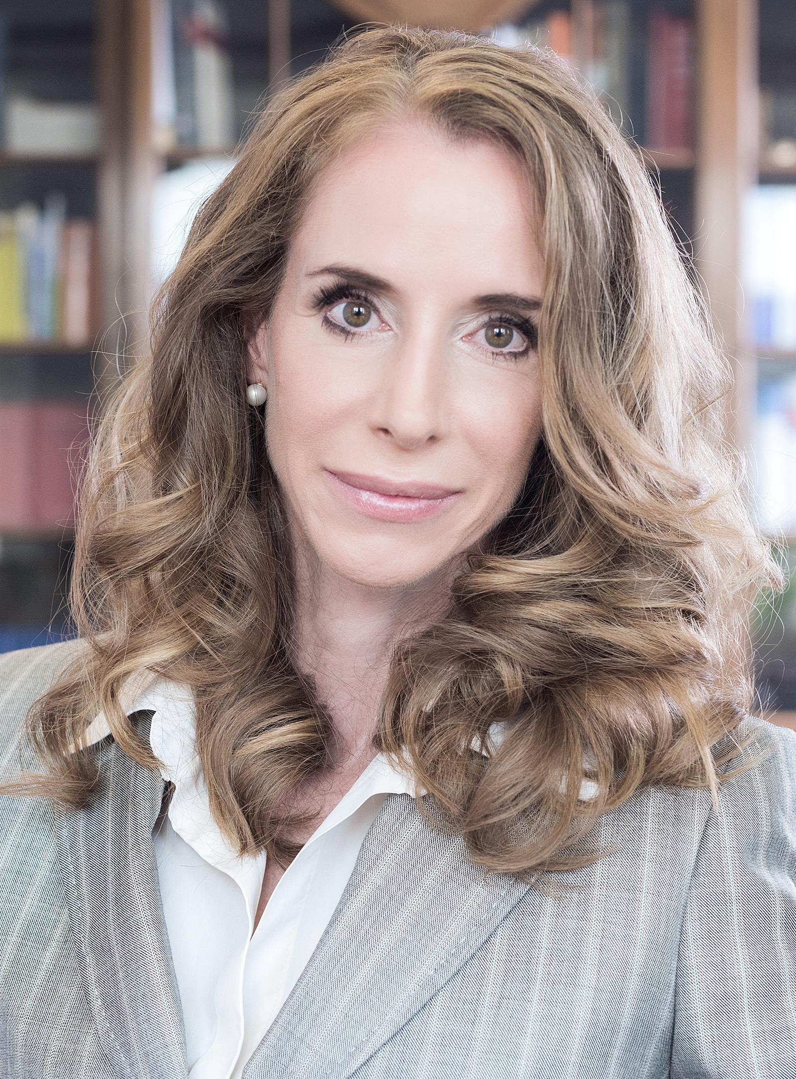 Frau Dr. Andrea Ghirardini